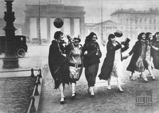 Ladies De Weimar