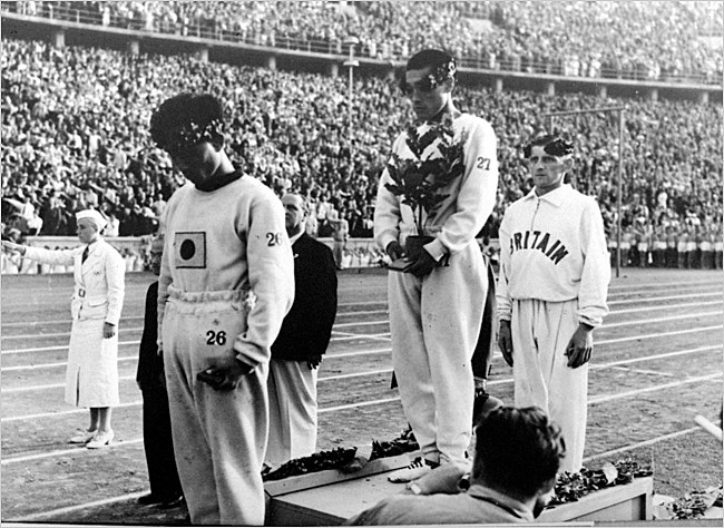 Sohn Kee-Chung on the podium after winning the marathon at the 1936 Olympic Games.