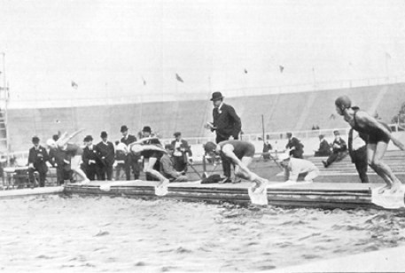 Swimming at White City Stadium_1908