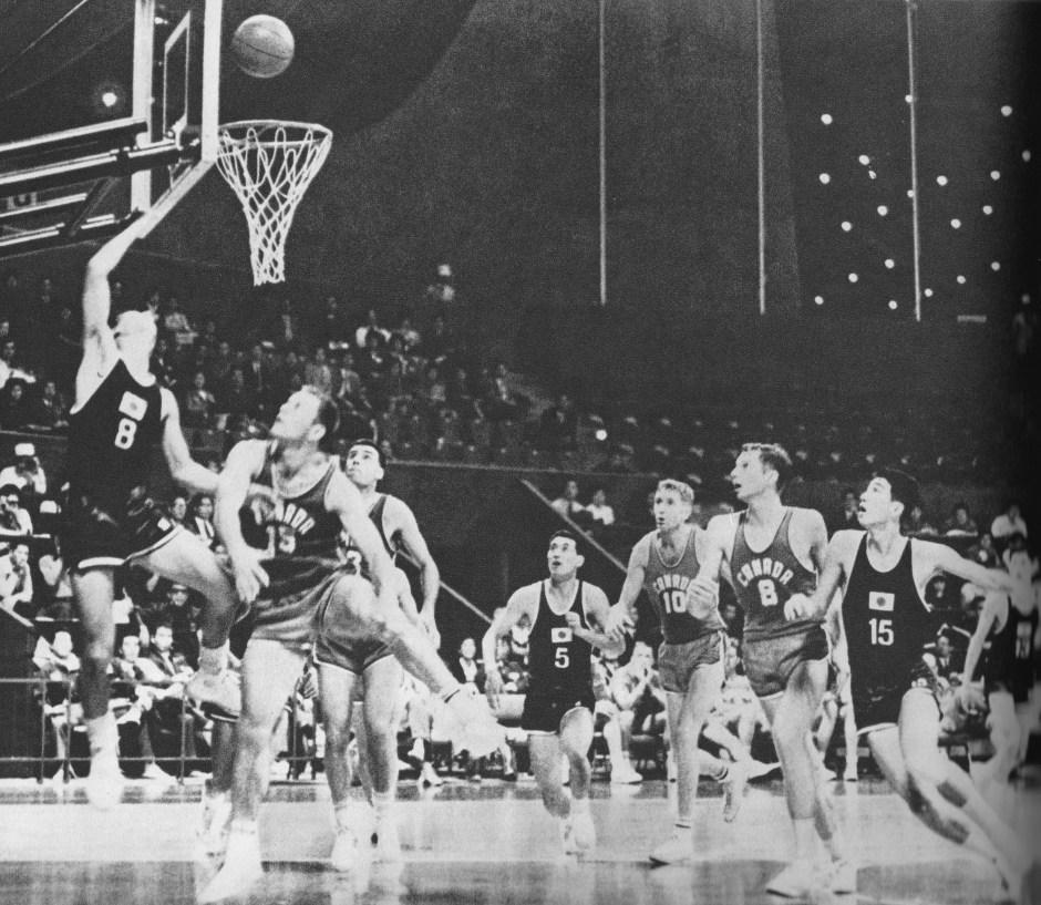 japan-beats-canada-in-basketball_tokyo-olympiad-1964_kyodo-news-service