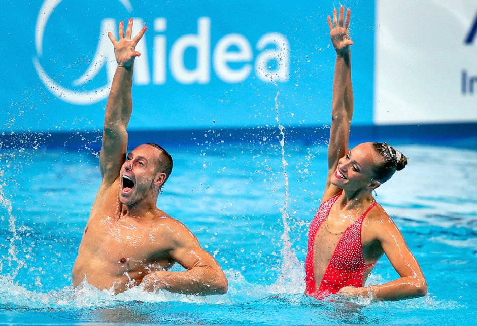 Synchronized Swimmers Bill May and Christina Jones
