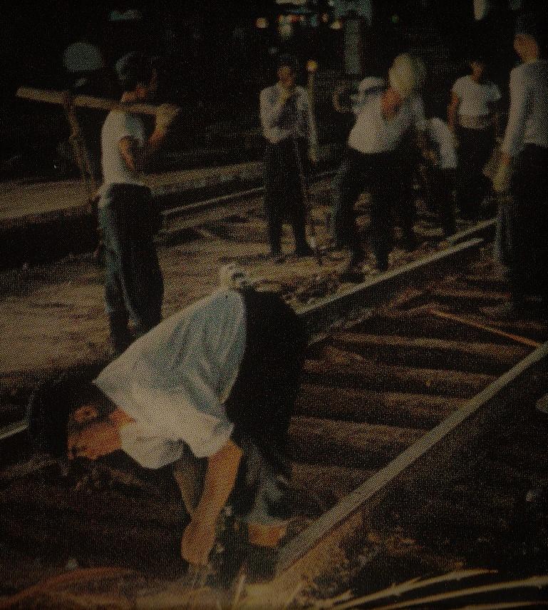 Nat Geo_railway construction