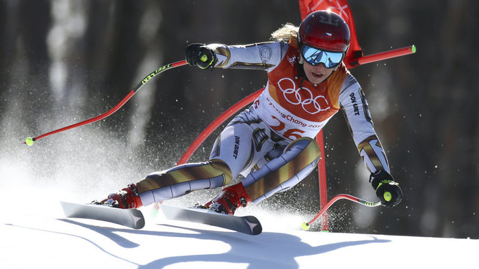 Ester Ledecka on skis