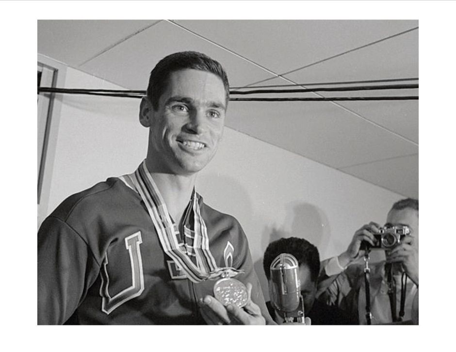 Fred Hansen with gold medal
