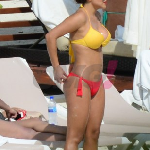 Samadhi Zendejas en bikini