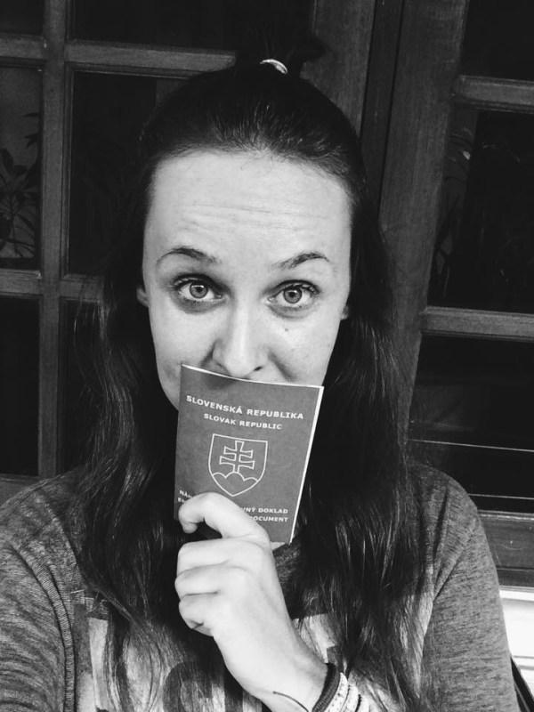 Na pečiatku do pasu a duplikát víz som čakala takmer 3 mesiace a stálo ma to asi 7 návštev imigračného úradu. Pozitívna stránka veci: už viem cestu zo všetkých kútov Bali bez navigácie :)
