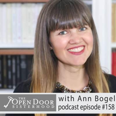 Sister Interview: Anne Bogel