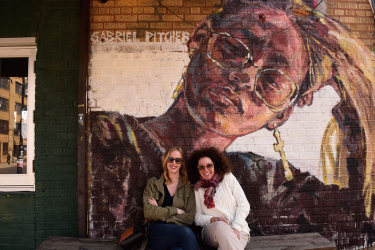 mother-daughter-mural