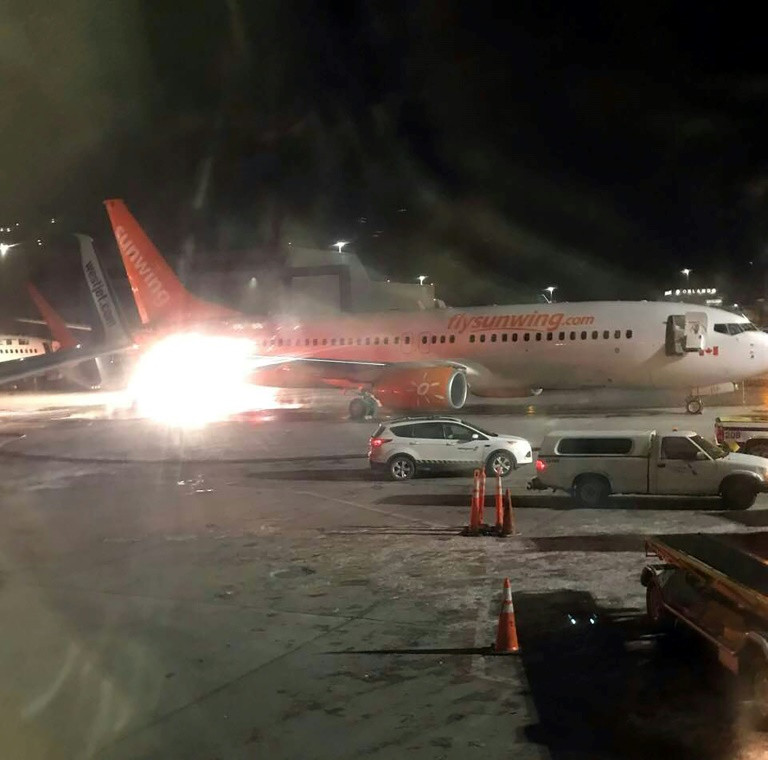 Airplanes collision-afp
