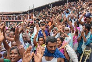 Sabhrimala row, devotees-pti