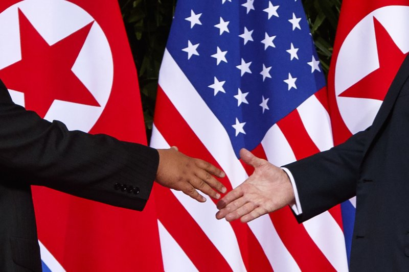 Expectations low as Trump looks for win in NKorea summit