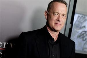 Tom Hanks in talks to play Elvis Presley's manager in Baz Luhrmann's next