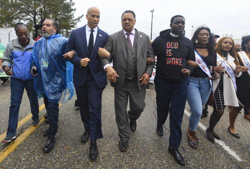 Democratic presidential hopefuls honor Selma march