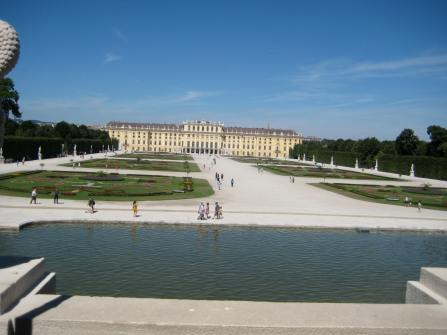 Gardens leading to Schonbrunn Palace. Photo Maria Schindlecker
