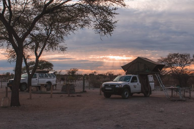 Kamperen in Etosha | Camping in Etosha | The Orange Backpack
