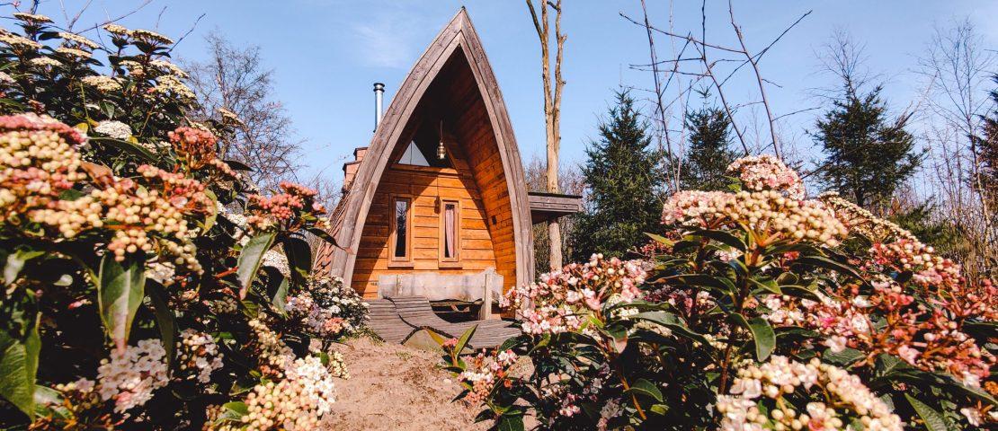Zwerfhut De Wije Werelt | trekkershut Veluwe | Staycation | The Orange Backpack