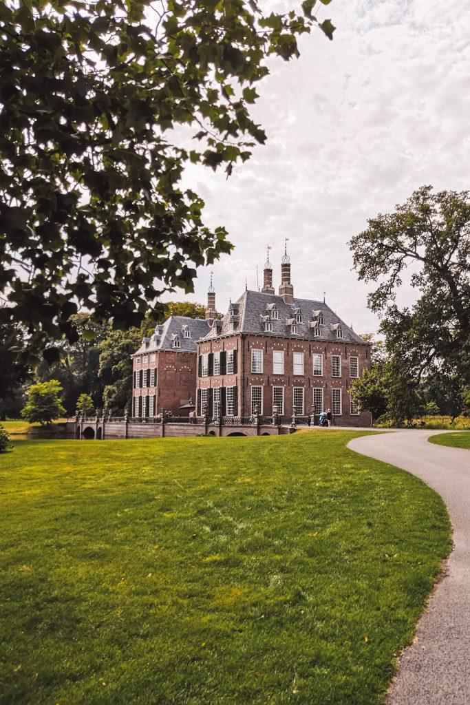 Kasteel Duivenvoorde bij Leiden | The Orange Backpack