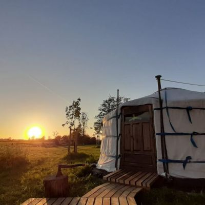Bijzondere Overnachtingen - Yurt Warmond