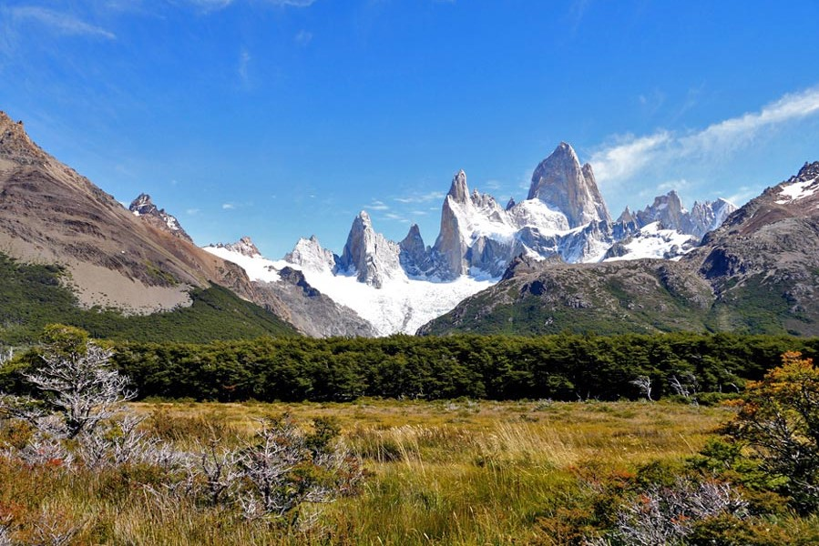 best hikes in Patagonia - Views of Fitzroy