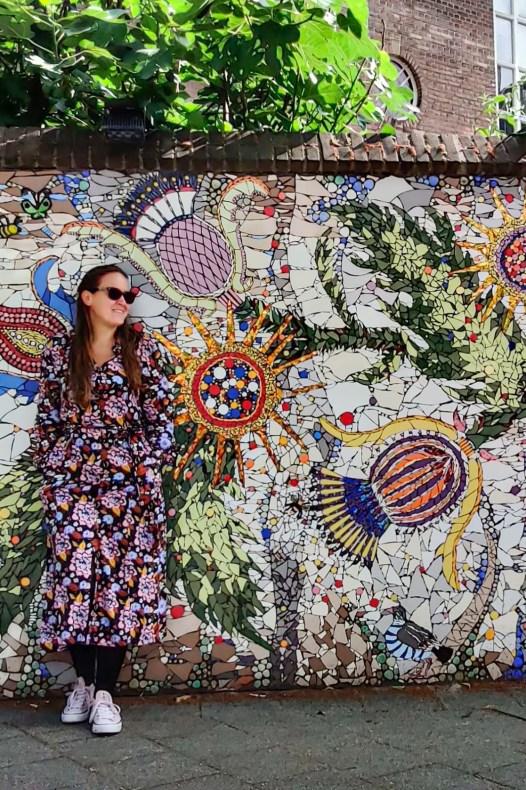 Street art Rotterdam: mozaiek Schotse Internationale Kerk