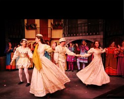 Kiss Me Kate - Lobby Photos 027