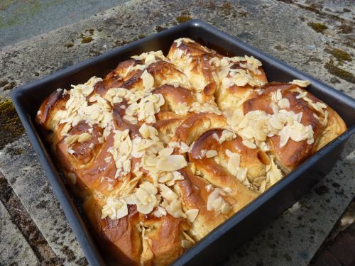 Honey and Almond Buns