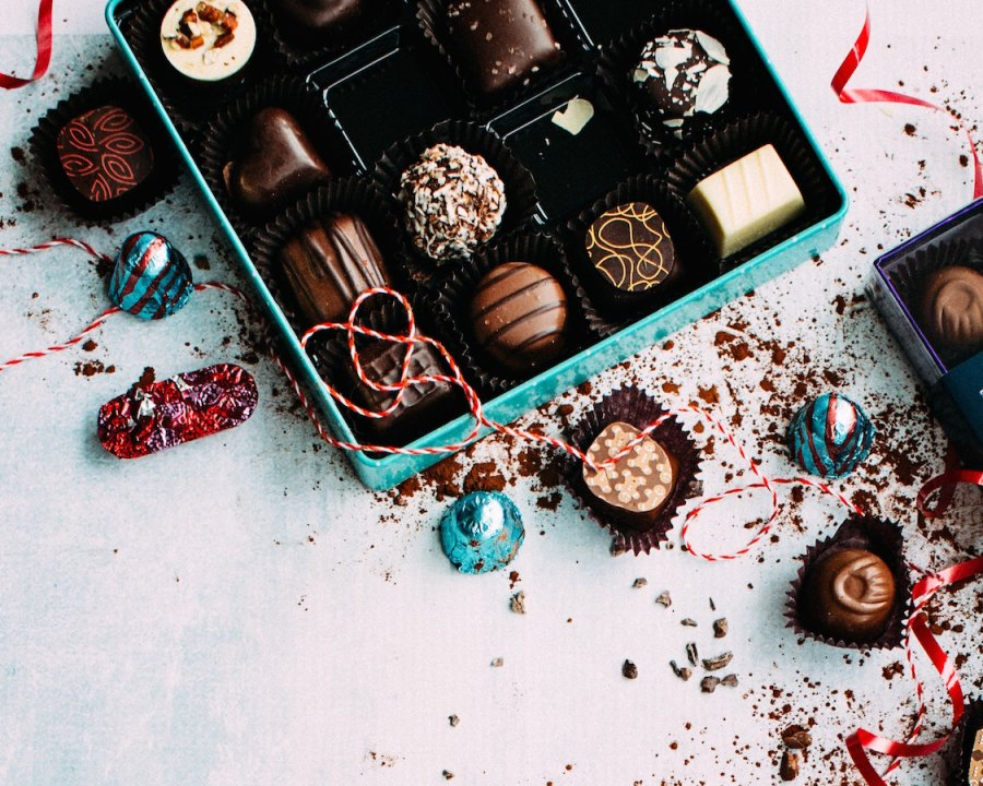Beat Cravings and Binge Eating by Dealing With Your Emotions! | The Organic Beauty Blog