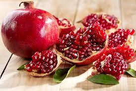 Pomegranate: Health Benefits and Polyphenols For Diabetics: