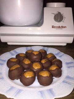 Healthier Peanut Butter Buckeyes!