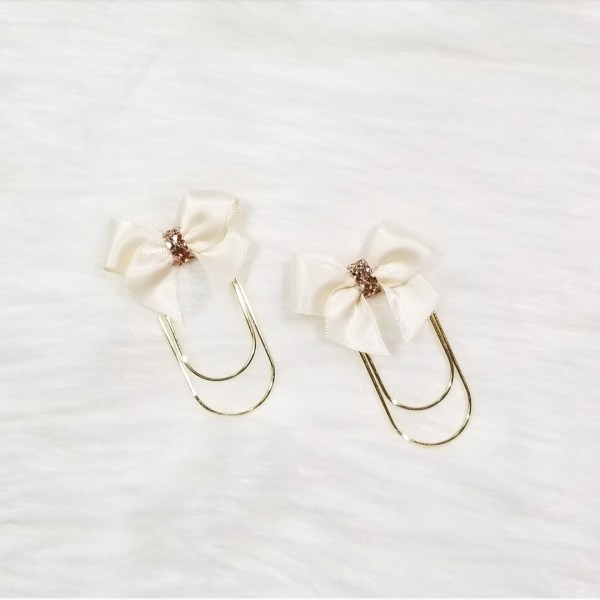 Cream Glam Bow Clip Set