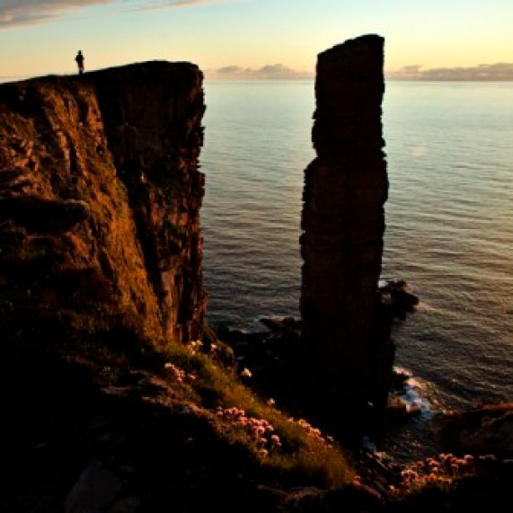 old man of hoy silhouette martin laird