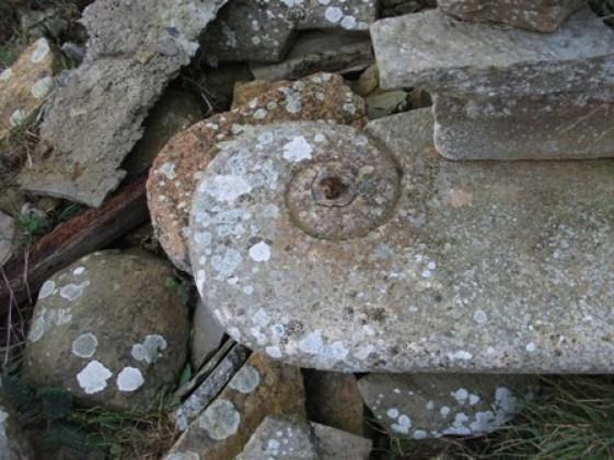 Bernie Bell stone swirl