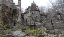wing's-castle-hudson-valley