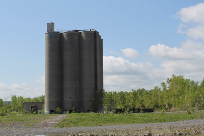 Abondoned-cement-factory-kingston