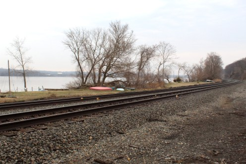 Amtrak Hudson fences