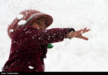 Snow Kerman Iran Snowballs 05