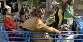 Heidari, Kamran - Film 2012 - My name is Negahdar Jamali and I make westerns 19