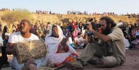 Heidari, Kamran - Film 2013 - Dingomaro – Iran's Black South 8