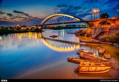 Second Bridge: White Bridge or Suspension Bridge (Pol-e Sefid) in Ahvaz, Iran