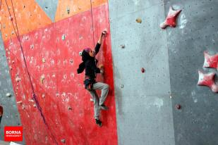 Iranian youth and junior national climbing team members training in Hamedan - 2015 July - 16