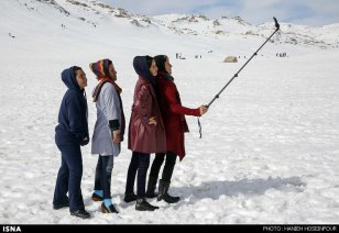Fars, Iran - Winter recreation near Shiraz in Sepidan County 02