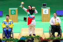 rio-2016-shooting-womens-10m-pistol-sh1-gold-medalist-sareh-javanmardi-from-iran-paralympic-games-in-rio-de-janeiro-brazil-foto-financialtribune-com