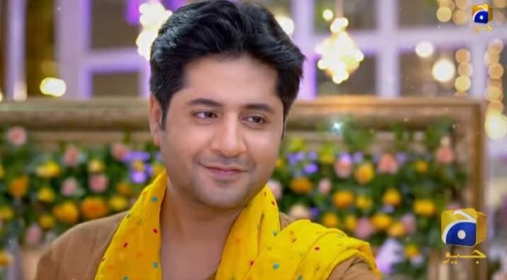 Imran Ashraf as Zeeshan