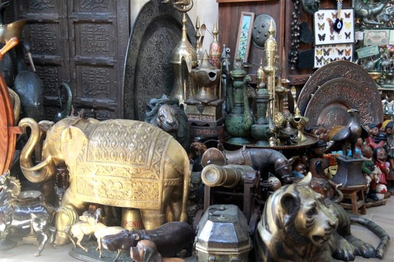 Madinat Jumeirah - antique shop
