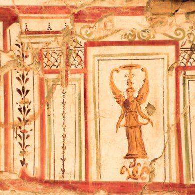 Impressive frescoes in the Terrace Houses