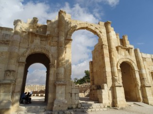 Jerash - the gate to the city