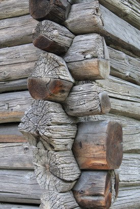 Construction detail of a log house