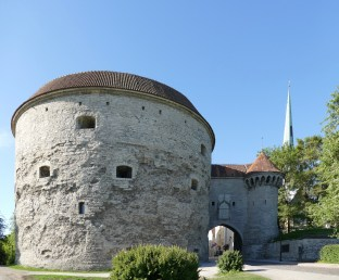 """Fat Margaret Tower"" & the gate to Tallinn"