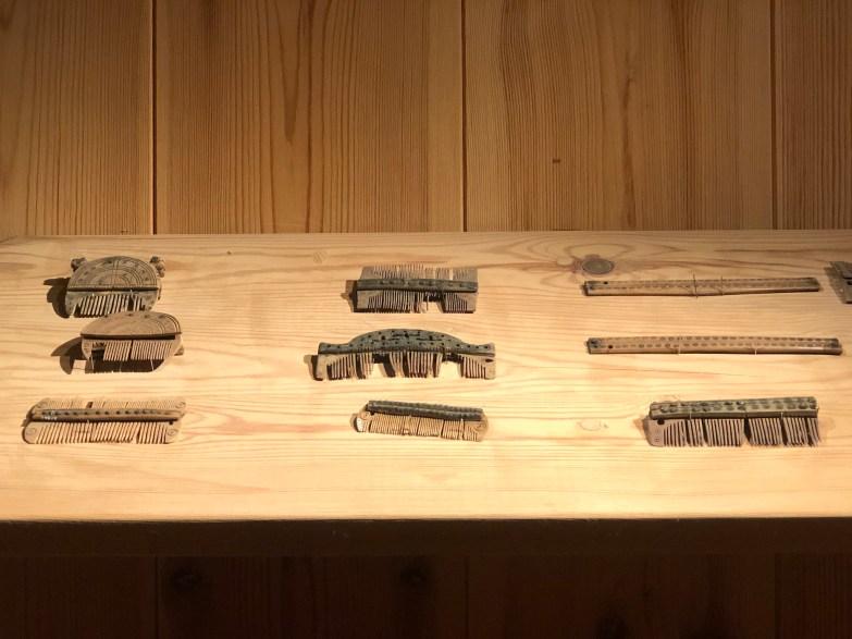 Medieval combs