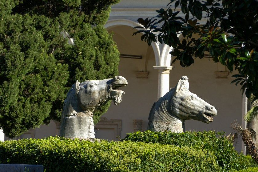 Cloister of Michelangelo - horses